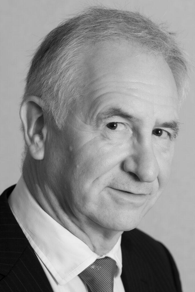 Ian Downie Consultant Oral and Maxillofacial Surgeon